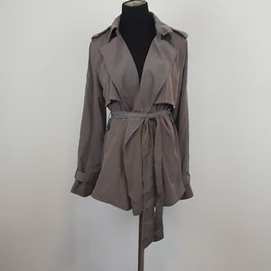 Gap tie waist light brown rain coat